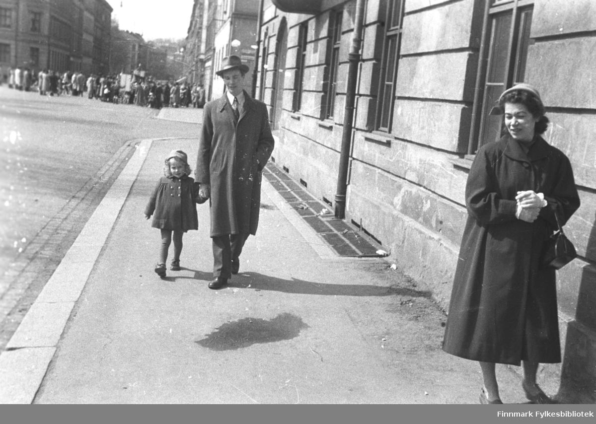 Familien Drannem fotografert i Oslo. Eino Drannem leier datteren Turid Karikoski.