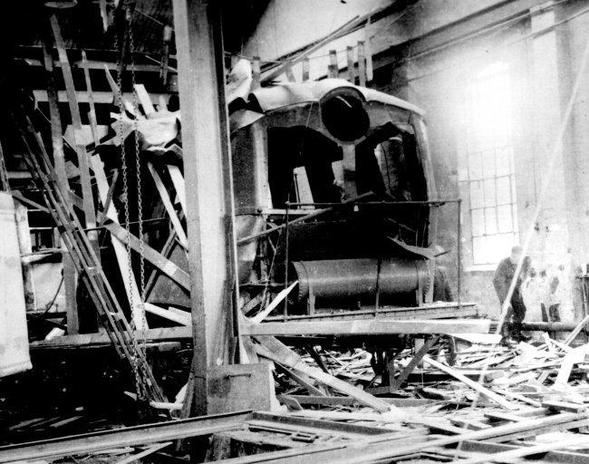 Lok 8 ble sprengt to ganger under krigen. Her fra Skabos verksteder.