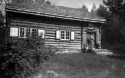Røykovnstua fra Torvik i Stangvik. Den stod per 1943 på Stan