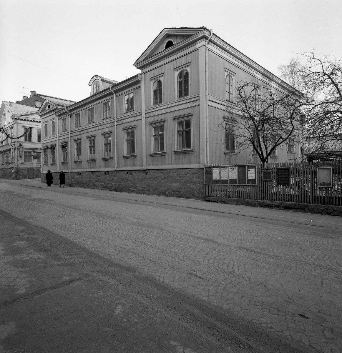 Gamla apoteket med adress Kyrkogatan 28 i Arvika på en bild tagen 1961.