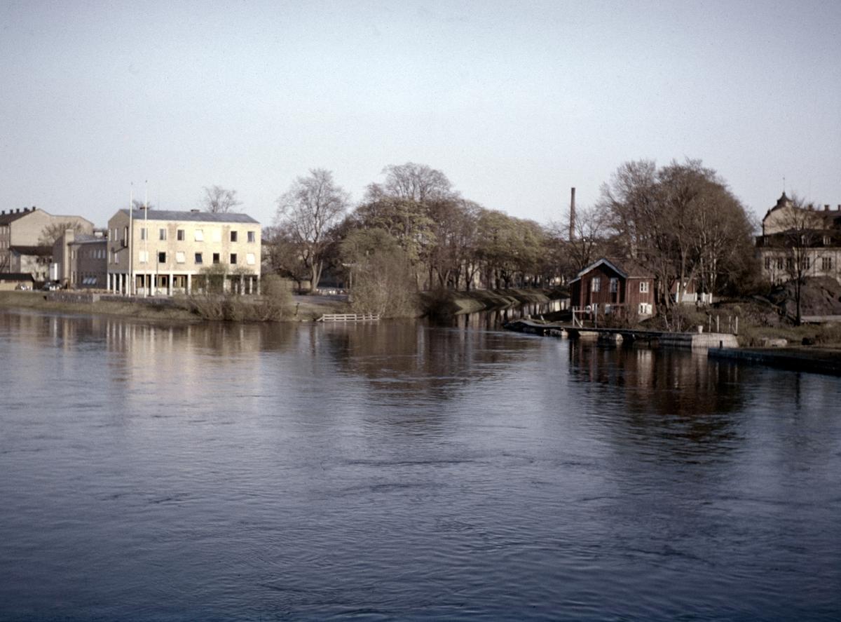Folkets hus och pråmkanalens inlopp i början på 1950-talet.