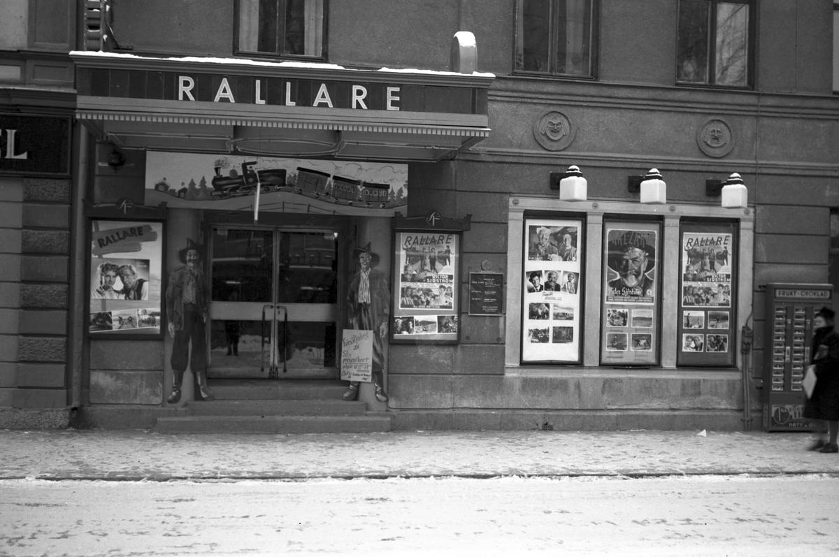 """Biografen Röda Kvarn visar filmen """"Rallare"""". 24 december 1947."""