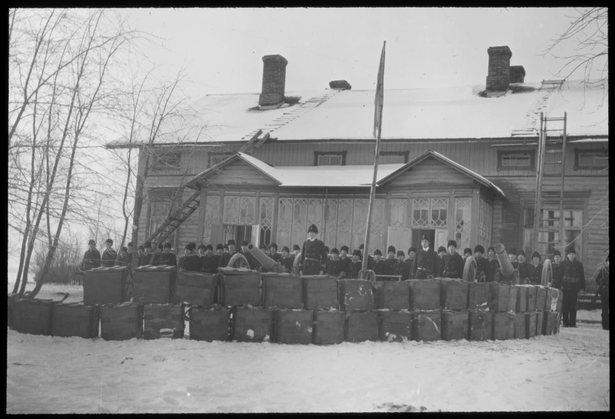 Svensk militär i Haraldsby på Åland under Ålandsexpeditionen 1918.
