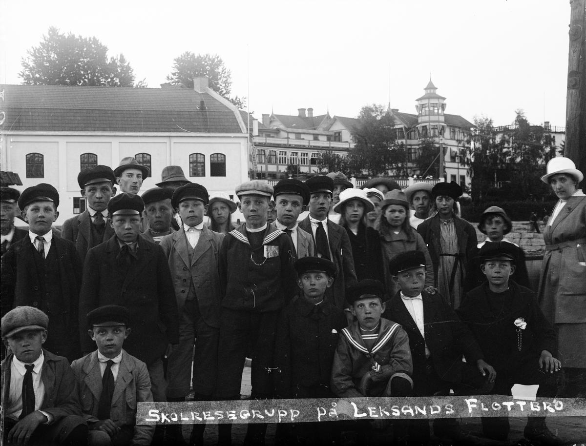 """""""Skolresan i Leksand"""", Dalarna 1921"""