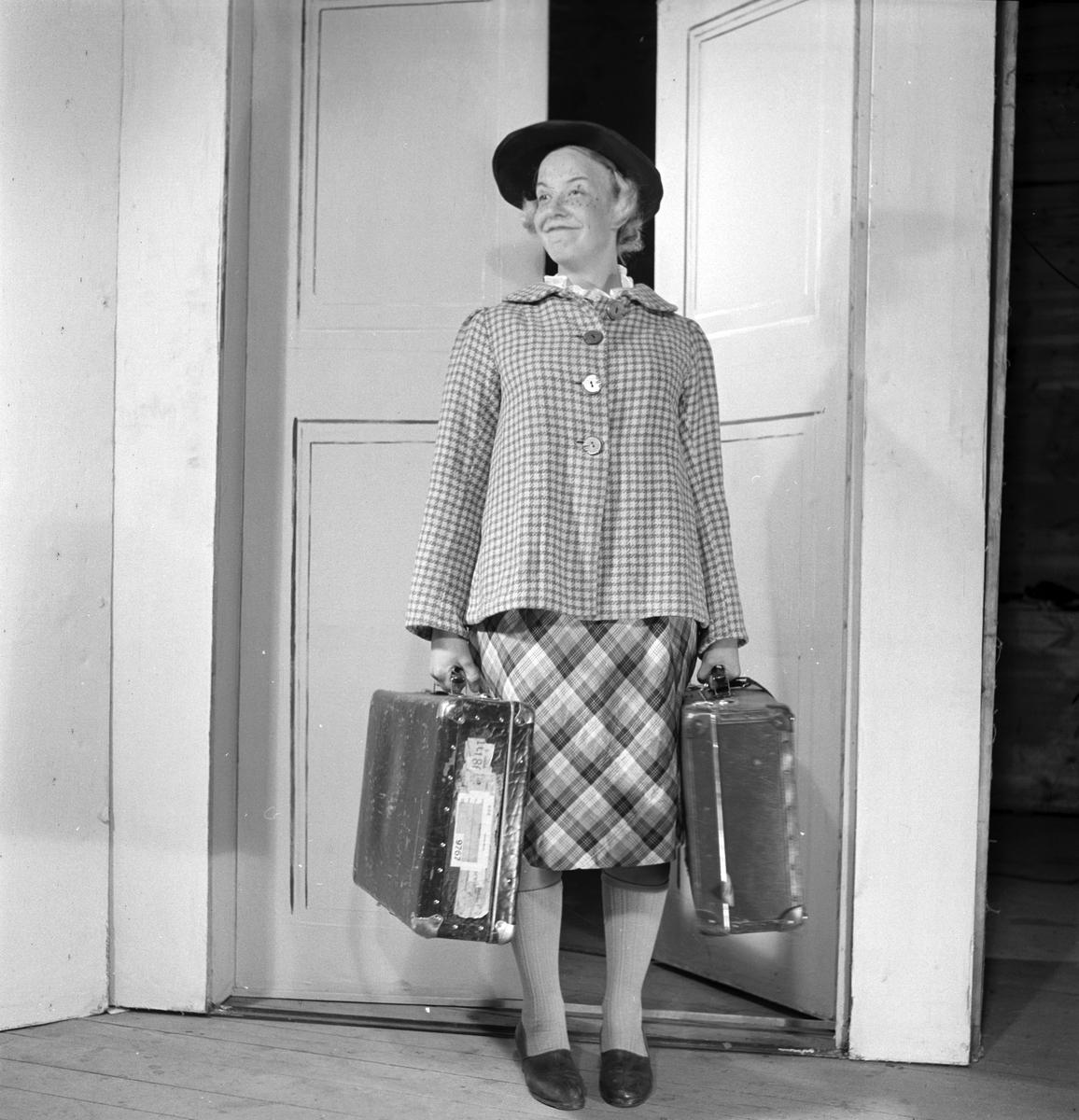 """Sommarteater """"Smulles sjätte sinne"""". 20 juni 1947."""