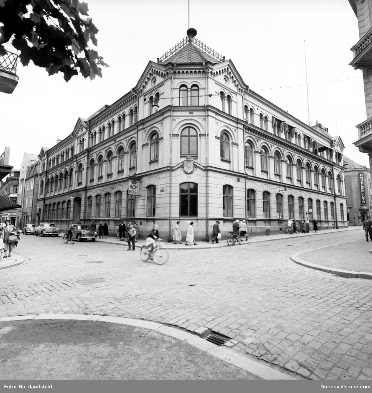 Gamla Telegraf- och posthuset i korsningen Kyrkogatan-Bankgatan taget från Vängåvan.