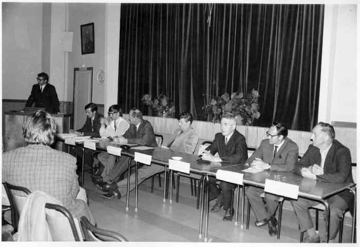 Godtemplarlokalet. Debatt om ilandføring av olje til Egerøy høsten 1970.