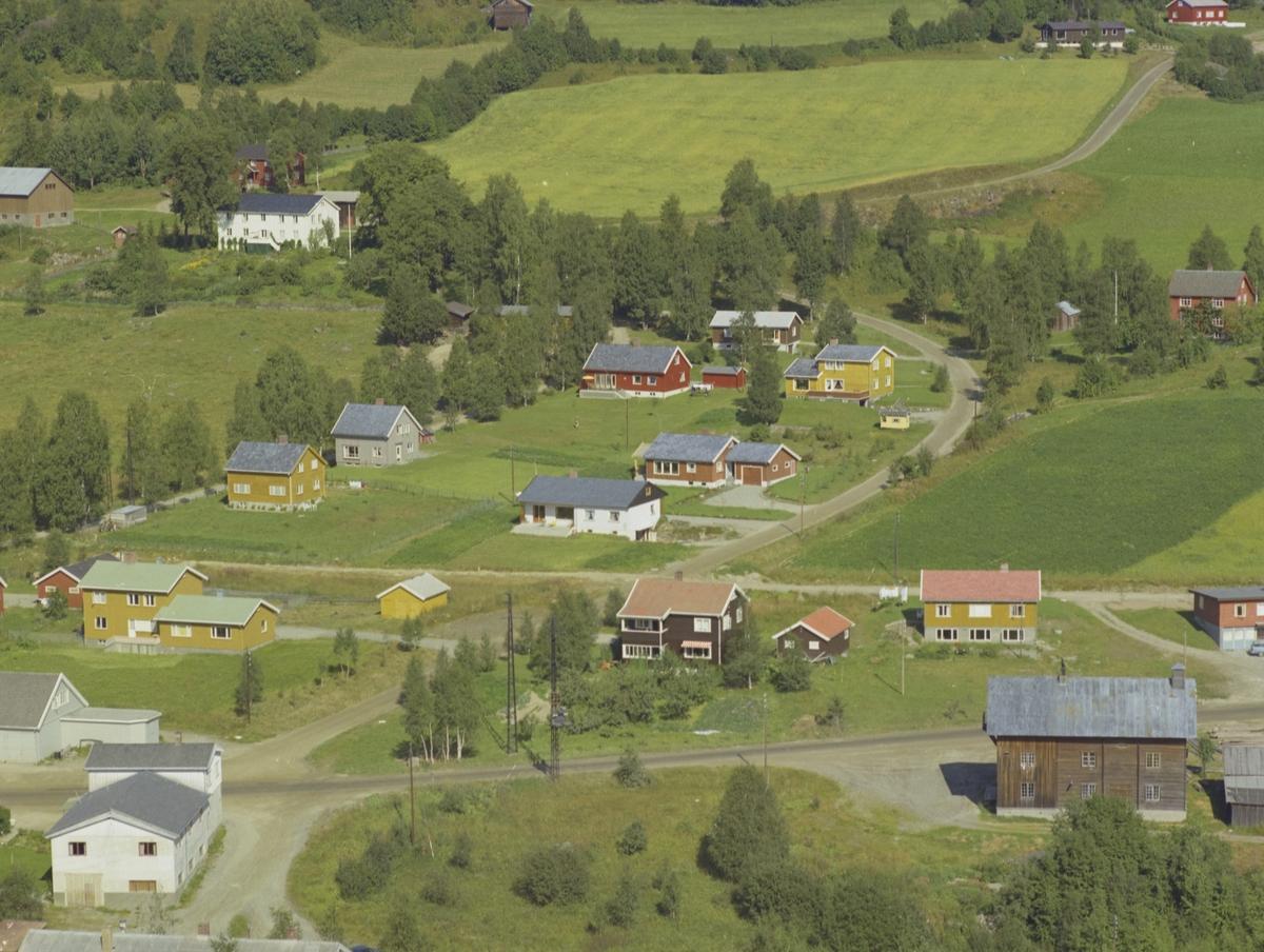 Bebyggelse Forset, Prestegarden bak til venstre, Forset, Vestre Gausdal