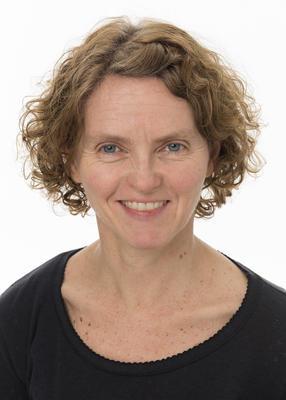 Portrett av utstillingsarkitekt Elisabet Løvold.