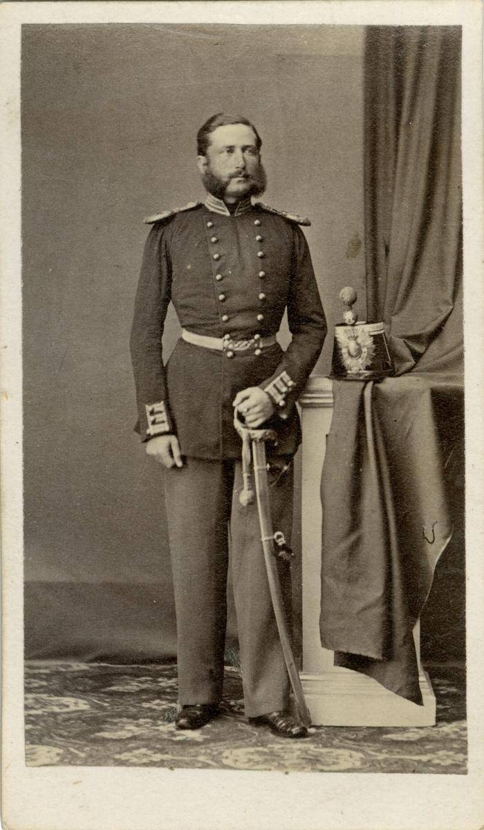 Porträtt av Carl Emil Melcher Bolivar von Warnstedt, löjtnant vid Smålands grenadjärbataljon I 7.