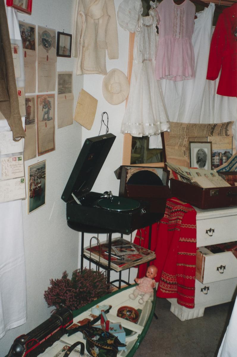 Frimerkets dag 09.09.1999 ved Raglamyr postkontor. Billedserie nr. 0003 - 0010.