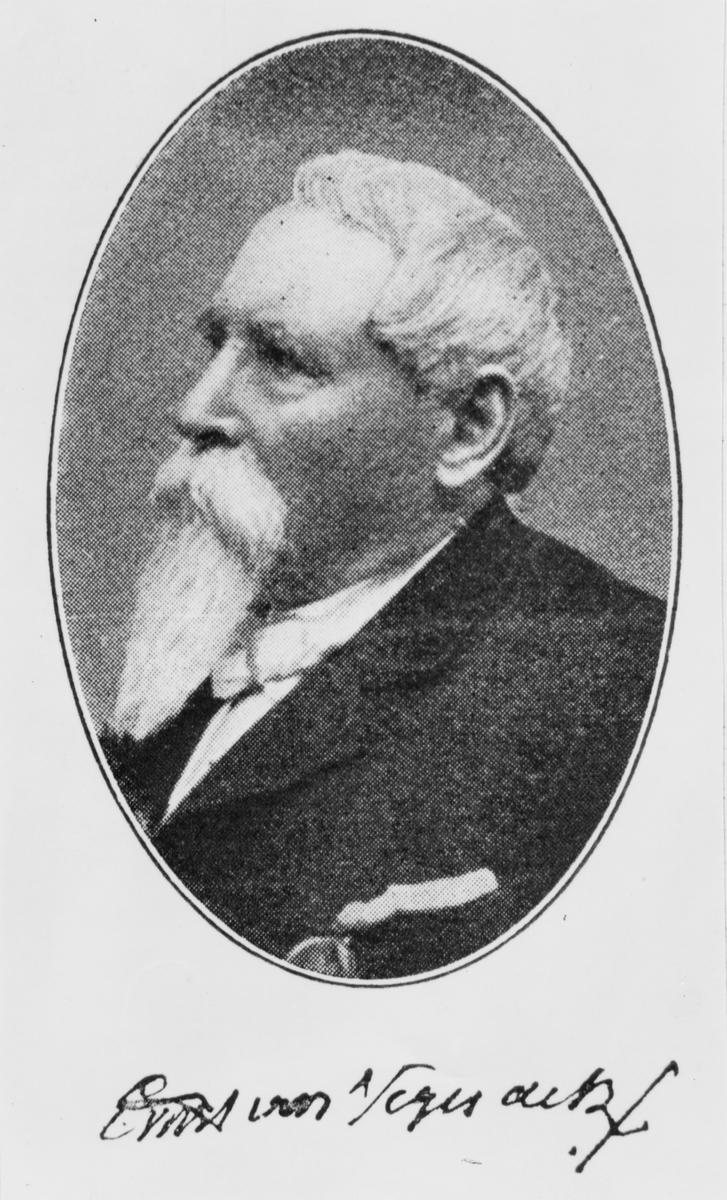 """Född: 1820 i Hemse socken på Gotland död 1903 i Stockholm. Friherre, arméofficer, samt politiker. Från Gotland kom V som underlöjtnant till Falun 1842 där han året därpå blev löjtnant. 1852-57 tjänstgjorde han som batteriofficer på St. Barthelemy. Återvände sedan till Falun som kapten och kompanichef och stannade fram till 1861. V. var samtidigt trafikchef för Gävle-Dala järnväg 1858-61. 1861-63 deltog han som frivillig i det amerikanska inbördeskriget på nordstatarnas sida. V kom att utmärka sig i ett flertal slag och tilldelades """"Medal of Honour"""" för sina insatser i slaget vid Gaines Mill 1862. Blev efter detta utsedd till överste och regmentschef. 1863 deltog V enligt vad som sägs i det berömda slaget vid Gettysburg. Åter i Sverige fick han guldmedalj för tapperhet i fält och befordrades till överstelöjtant samt fick tjänst i Umeå 1864. Efter detta utsågs V 1868 till överste och chef för Hälsinge Regemente i Gävle. Flyttade sedan till Gotland 1874 där han blev militärbefälhavare. 1884 blev V generalmajor och chef för Femte miltärdistriktet. Han pensionerades från armén 1888. Satt i Riksdagen 1865-66 för adeln samt i  första kammaren för Gotland 1879-88. Som en förmodad hederstitel blev Von Vegesack 1865 utsedd till brigadgeneral i Förenta Staternas Armé."""