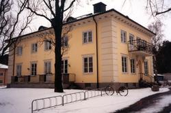 Orig. text till bilden: Risbrinksgården, Valhallagatan 26 A.