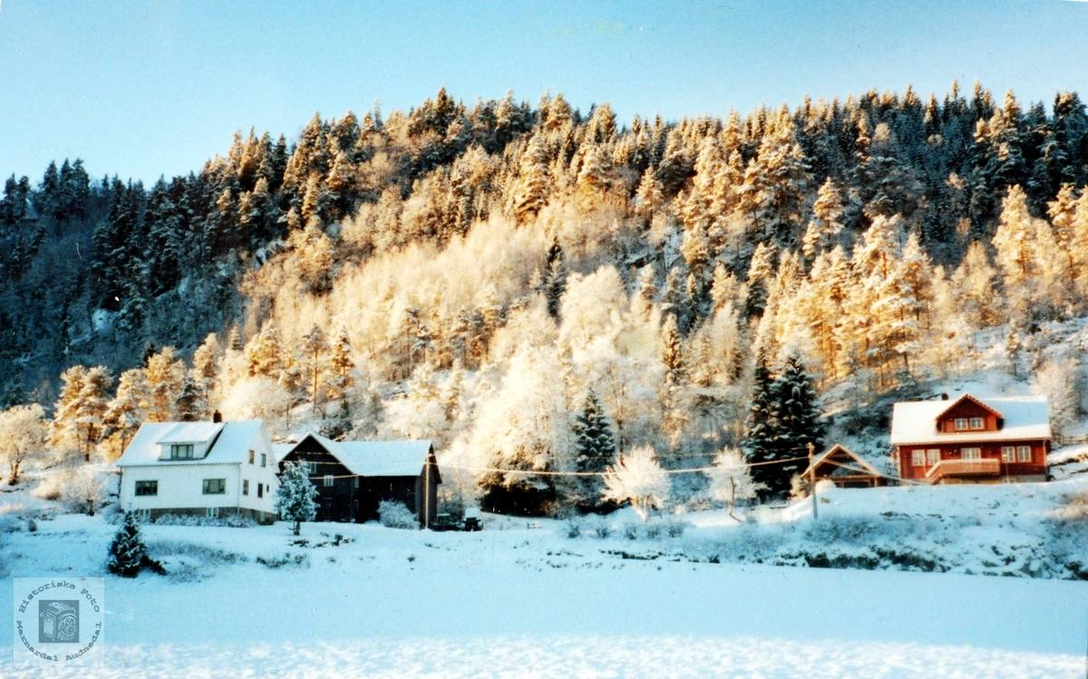 Garden Smedsland i Grindheim i vinterdrakt.