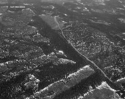 Sølnas utløp i Trysilelva. Flyfoto. Bildet er tatt i midten