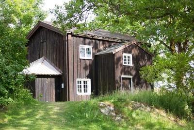 Vaningshuset_fra_Klokkeenga_-_MiA_Eidsvoll_museum_-_MiA.jpg. Foto/Photo