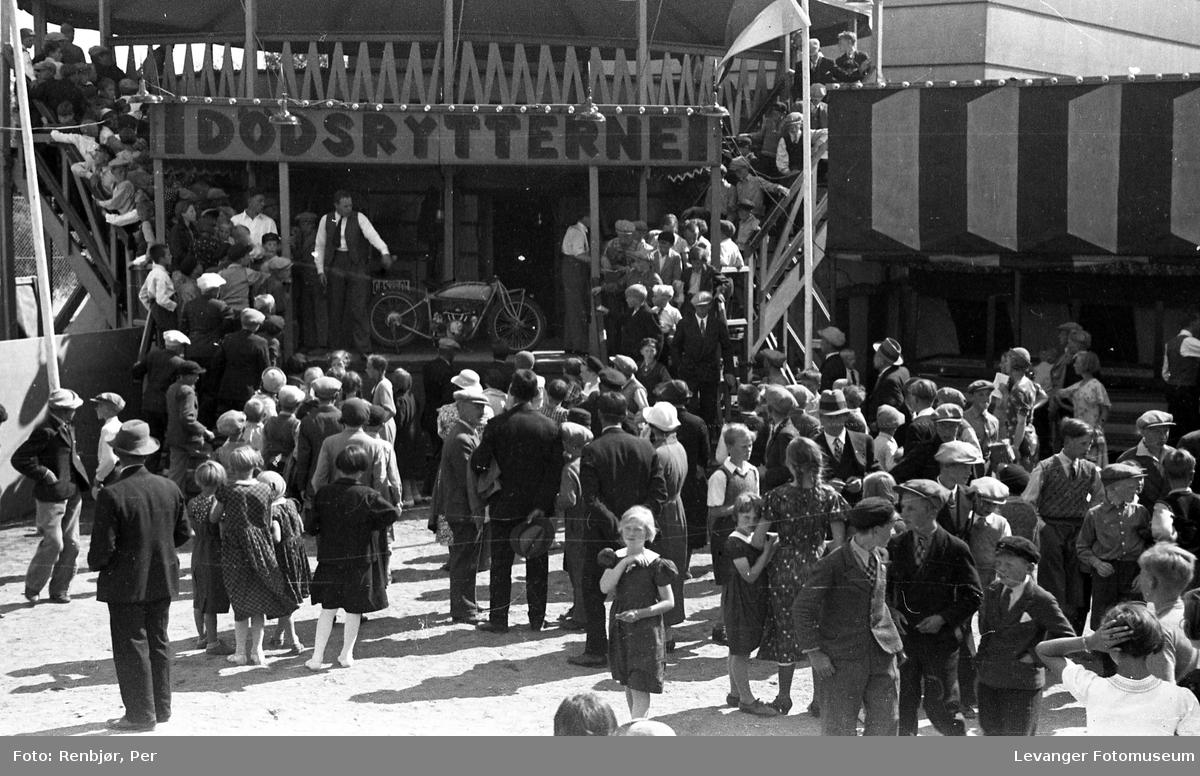 Fra byjubileet i 1936 sommerutstilling.