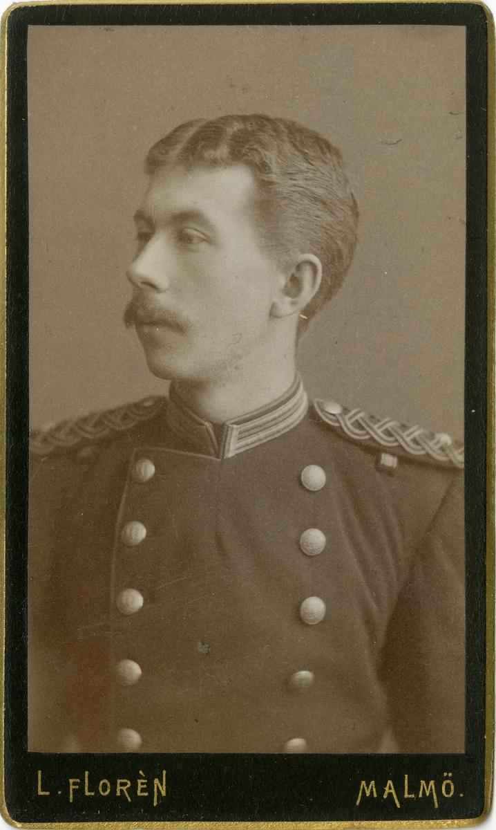Porträtt av okänd underlöjtnant vid Västmanlands regemente I 18.