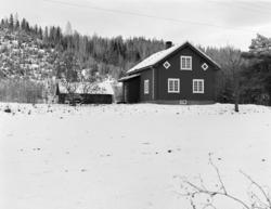 Øvre Eikstua, husmannsplass Helgøya. 540-1.