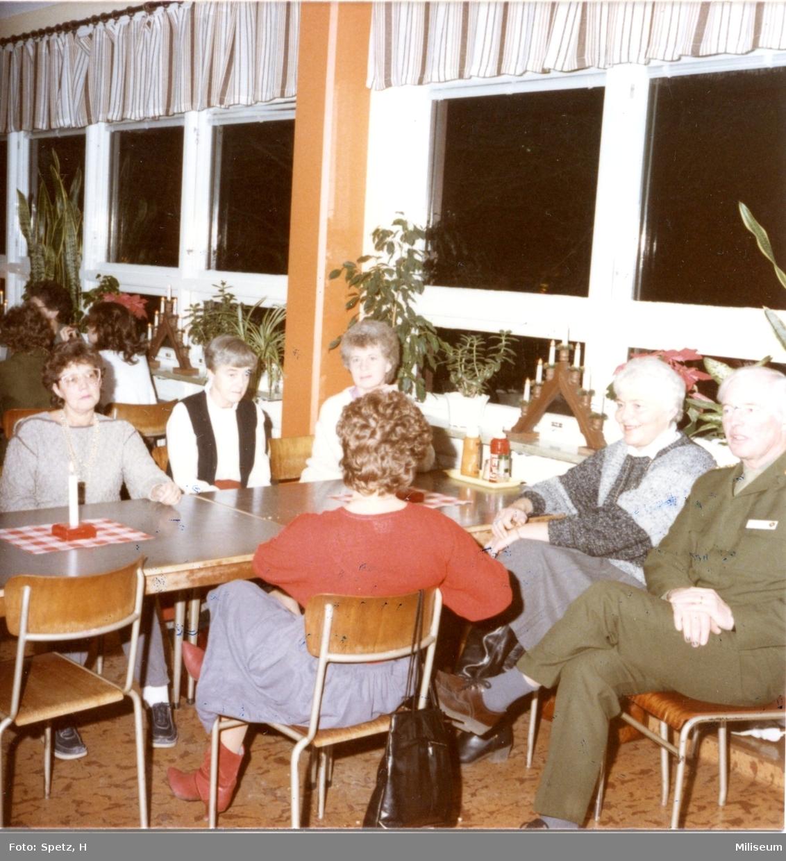 Luciafirande, A 6. Militärrestaurangen, matsalen. Namn se not.