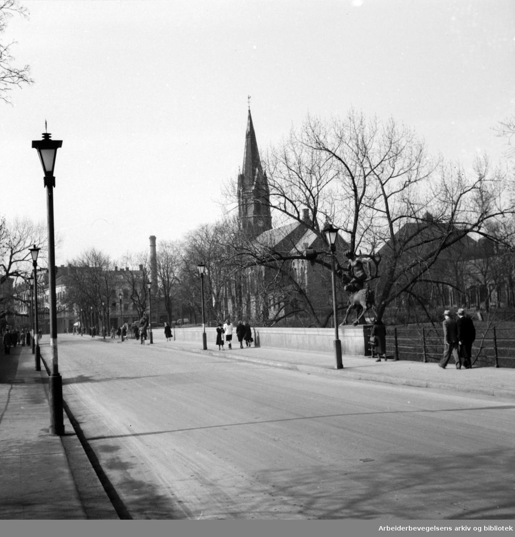 Ankerbrua. 1946 - 1948.