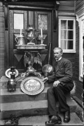 Antikvitetshandler Karl Hanssen..(Se Romsdal Sogelags årsskr