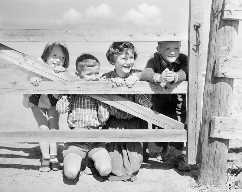 Barn bak grind 1958-59