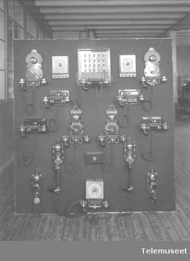 Telefonapparater, telefonsentraler, utstillinger, Verdensutstillingen Frogner nov 1914.  Elektrisk Bureau.
