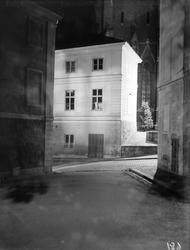 Konsistoriehuset och Uppsala domkyrka i nattljus, Uppsala 19