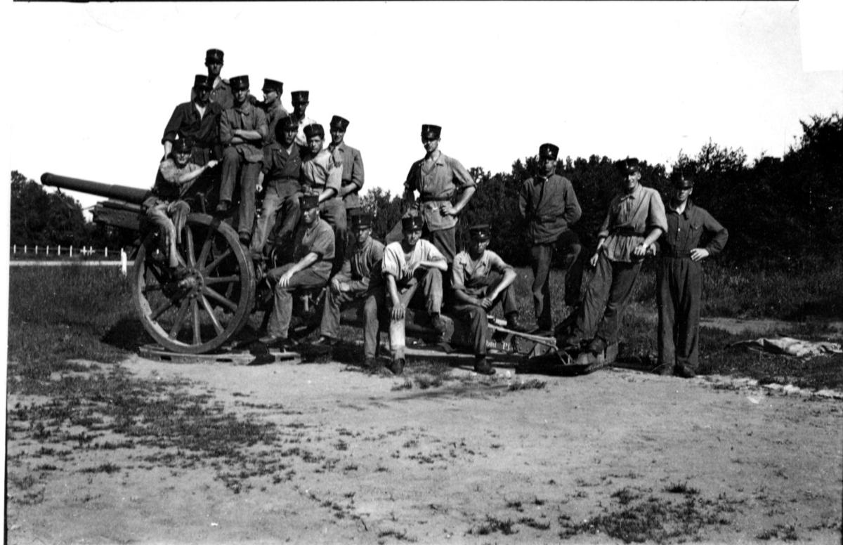 Kanon m/1917. 10,5 cm. Servis. Övningsbatt. vid ArtSS. DUBLETT.