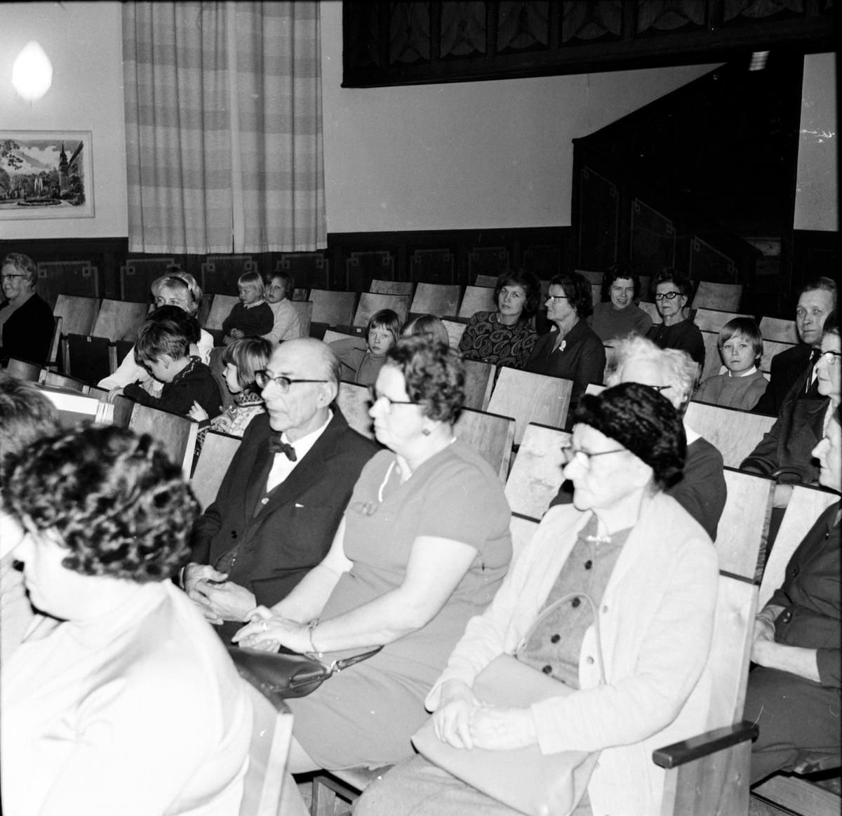 Vallsta, NTO-fest, Lucia, 13 December 1967