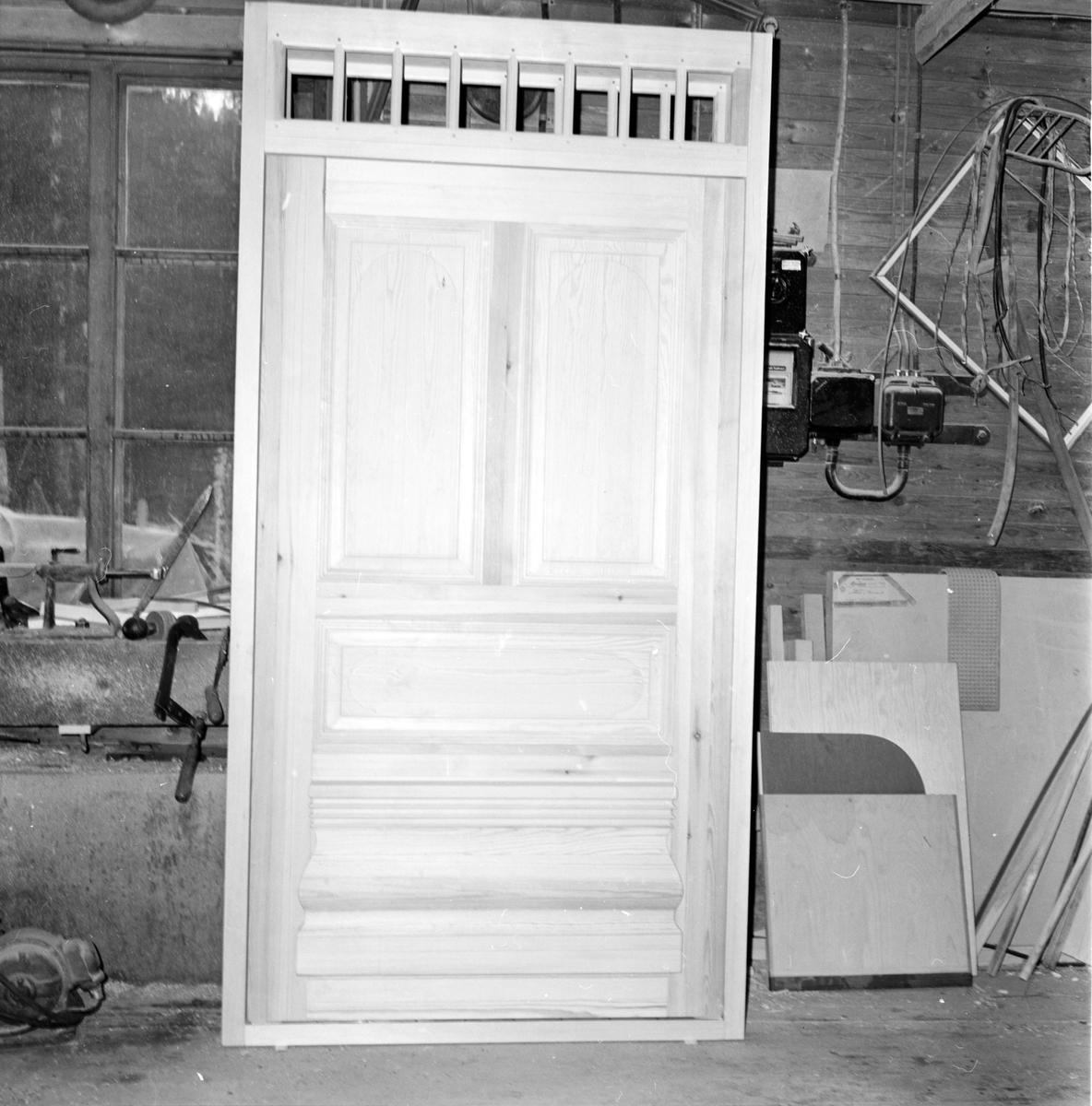 Simeå, Snickeriet Lewerentz, Två fina dörrar, November 1972