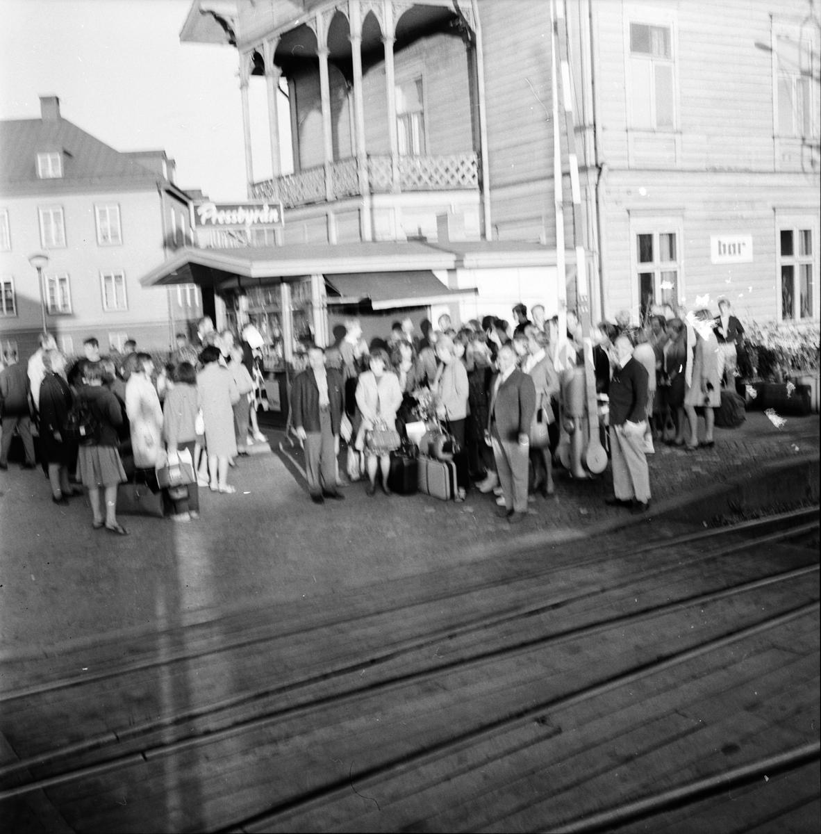 Vänortsbesök, Misburgsgäster kommer d. 1 Augusti 1966 Träff på Bollegården, 2 Augusti 1966