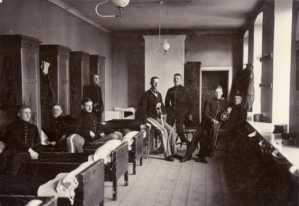 Kadetter i logementet på Karlberg. För namn, se bild nr. 3.