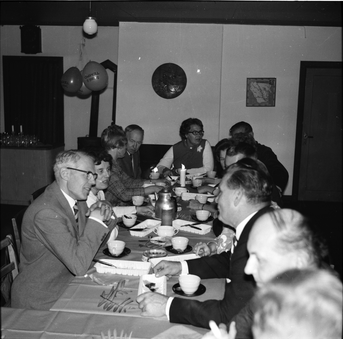 Fest i Åsbergsstugan. Vallsta 1970