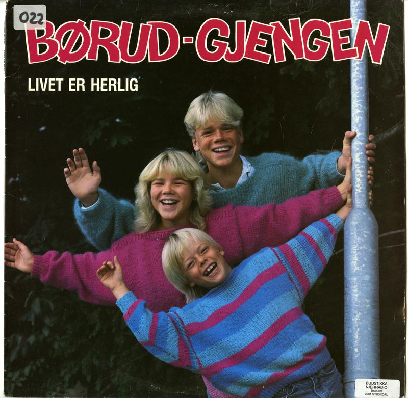 Livet er Herlig ble utgitt på Tvers forlag i 1986.