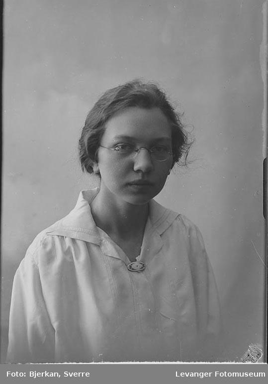 Portrett av Lisa Hallberg.
