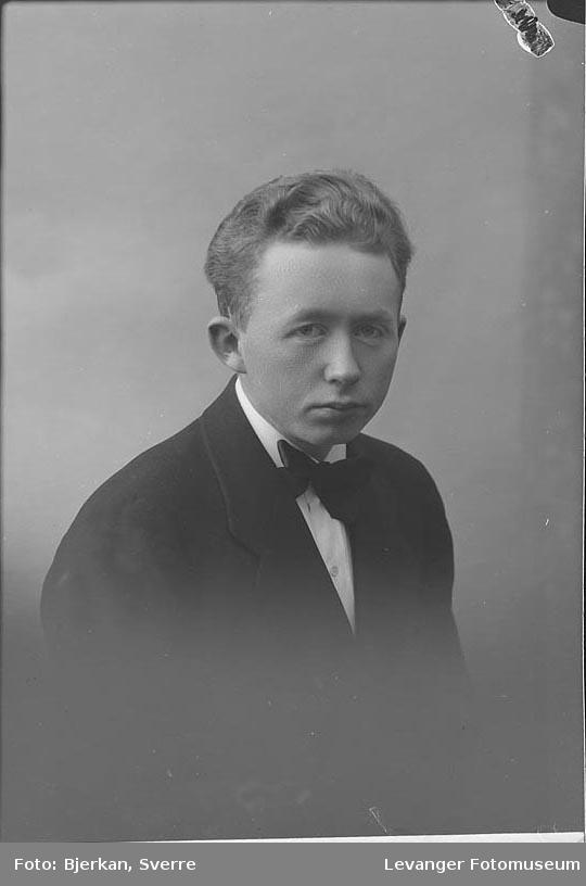 Portrett av Alf Slungaard.