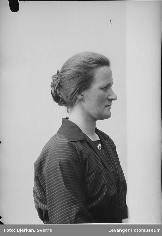 Portrett av Dorothea Sandsør.