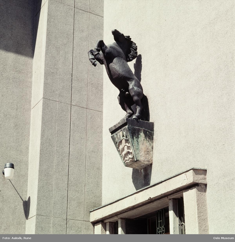 Hurum, Per (1910 - 1989)