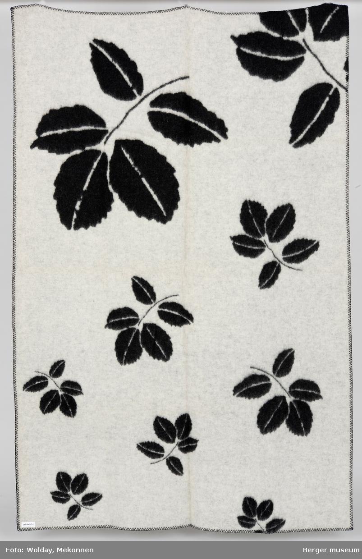 Store, mellomstore og små blader. Roseblader