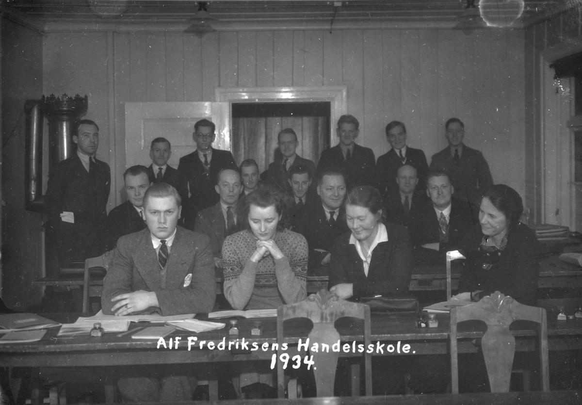 Gruppe på Alf Fredriksens Handelsskole.