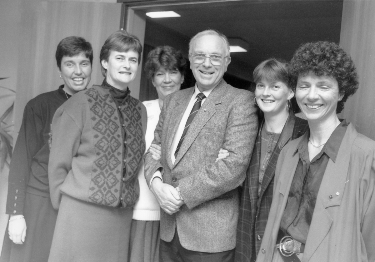 Fem av ni kumulerte på listen er kvinner. Fra venstre: Mona Mobæk, Petra R. Nygaard, Aud Mackenzie, Bjørn Kristiansen, Randi W. Krogstad og Bente Moe Ruud.  Oppegård høyre