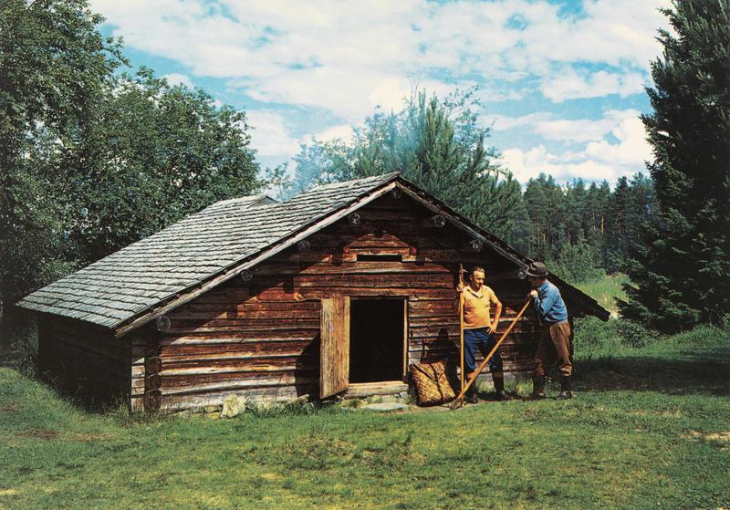 Fløtere utenfor fløterkoia (Foto/Photo)