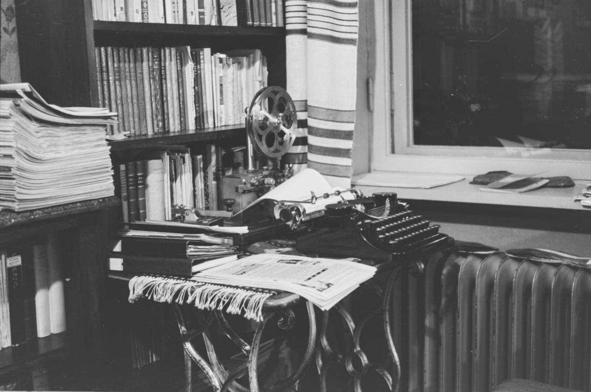 Fra et arbeid med å utarbeide filmregister hjemme hos familien Bech i Bogstadveien 53.