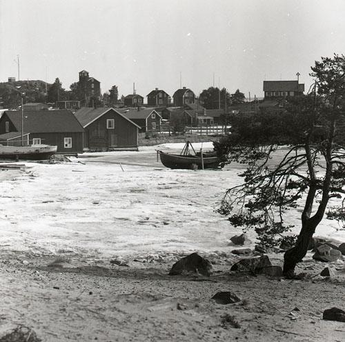 Hölicks fiskeläge 25 april 1957.