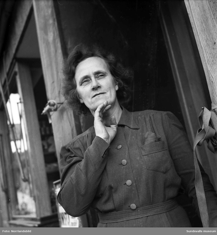 Fru H. Sundberg.