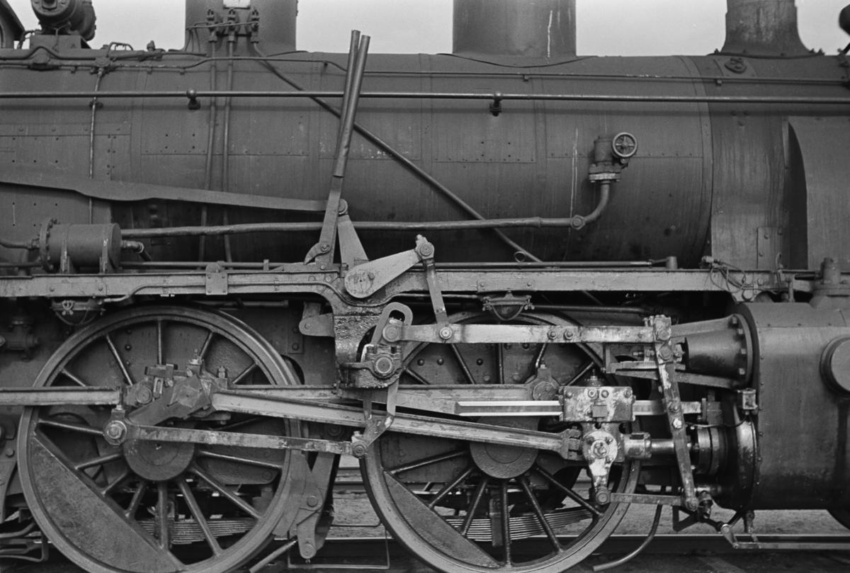 Damplokomotiv type 21b nr. 370 på Namsos stasjon.
