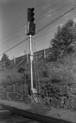 Utkjørhovedsignal litra L, altså fra Oslo, m høyt skiftesign