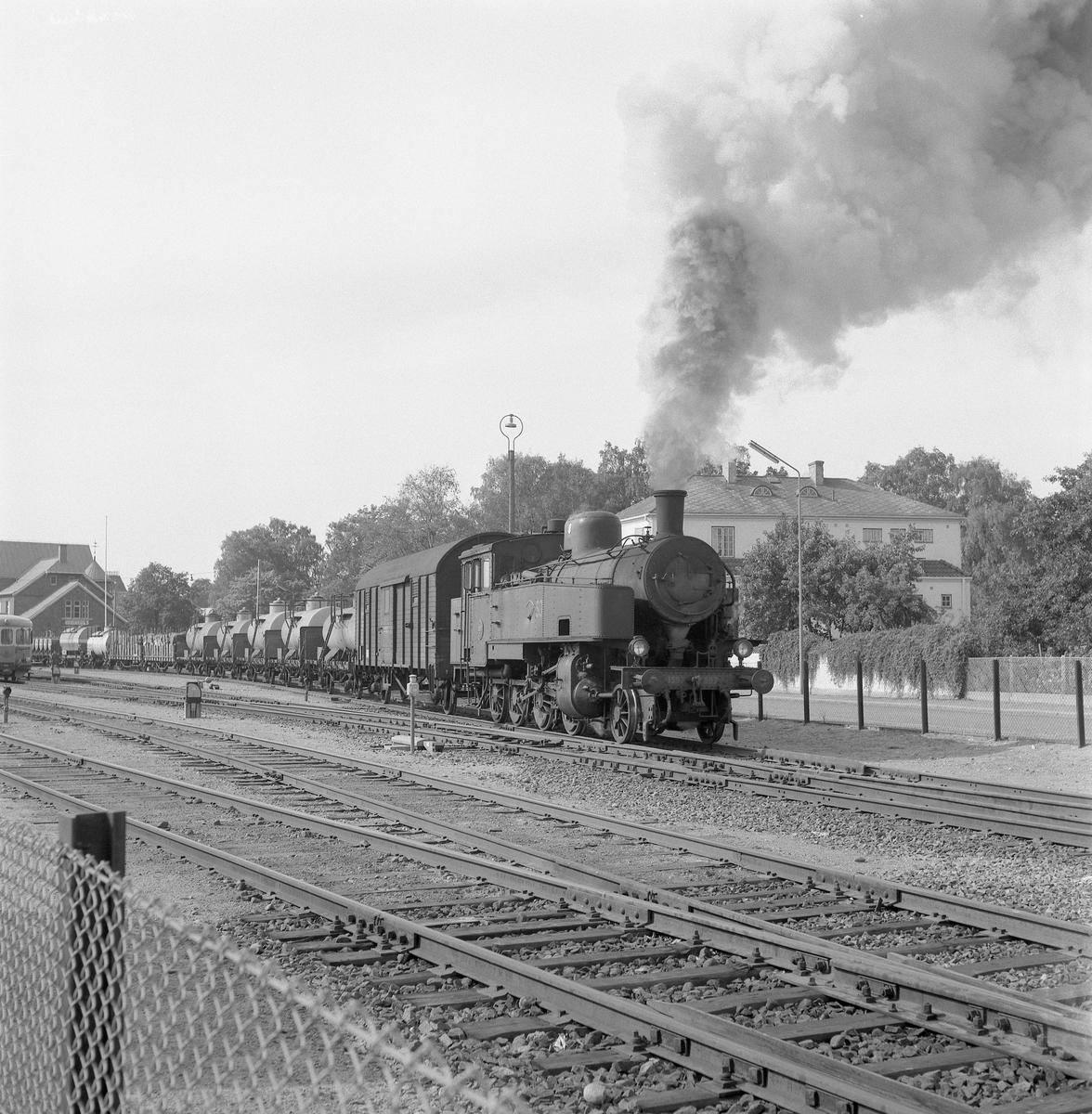 Statens Järnvägar, SJ N3 1597 med godståg, tåg 4201.